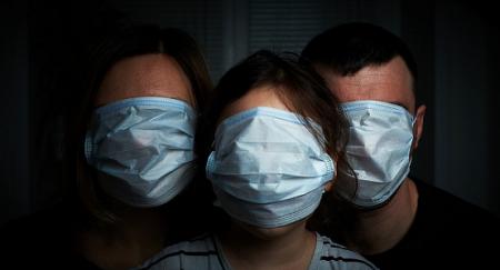 У Есмагамбетовой нет прав обязать носить маски на улицах, норма безграмотна – Сулейманов