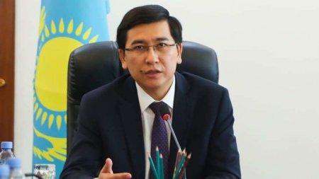"""Дежурные классы или """"дистанционка"""" - министр образования ответил на вопросы казахстанцев"""
