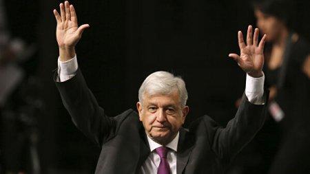 Президент Мексики отказался носить маску, пока не победит коррупцию