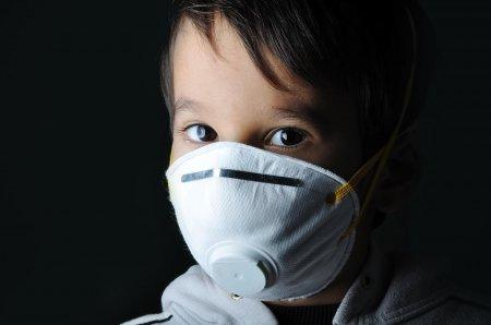 Родители и дети не отвечают по статье КоАП РК, наказывающей за отсутствие масок – юрист