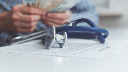 Зачем, кому и сколько платить: что нужно знать о медстраховании в Казахстане