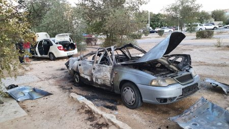 Автомобиль взорвался в Актау