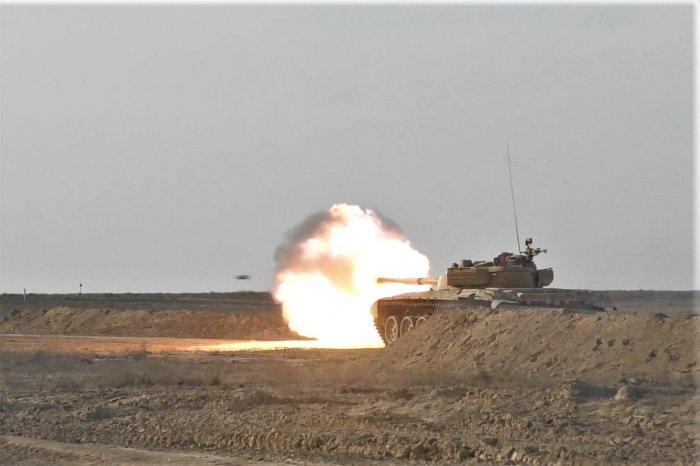 В Мангистау прошли стрельбы танкистов