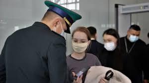 Казахстанцев будут пускать в самолёты без ПЦР-справок