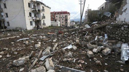 Азербайджан и Армения заявили о нарушении режима прекращения огня в Карабахе