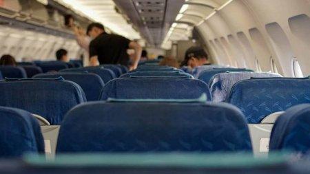 Вылетающих из-за границы домой казахстанцев не пустят в самолет без ПЦР-справки