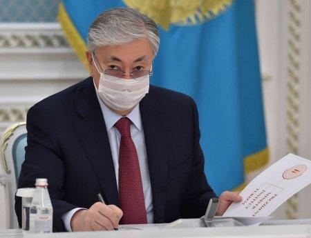 Токаеву представили усовершенствованный казахский алфавит на латинице