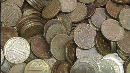 Казахстанцы скупают тенговые монеты после видео в TikTok