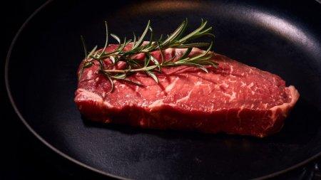 Ученые создали мясо из человеческих клеток