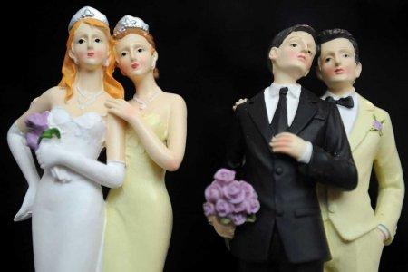 Внучка Нуркадилова, совершившая каминг-аут, требует разрешить в Казахстане однополые браки