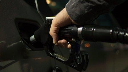 В Японии планируют запретить продажу автомобилей на бензине