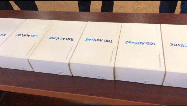 Для моментального установления личности участковым в Мангистау выдали около 300 планшетов