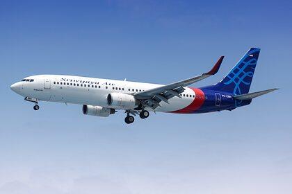 Исчезнувший с радаров пассажирский самолет потерпел крушение