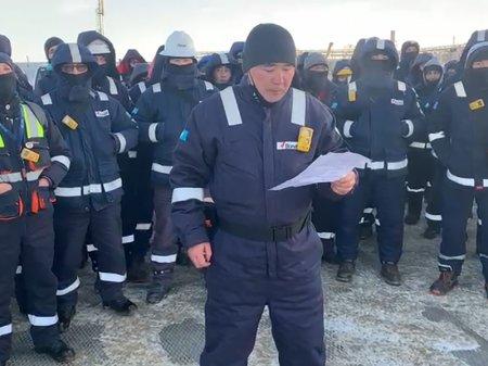 В Аксае работники иностранной компании устроили забастовку и голодовку