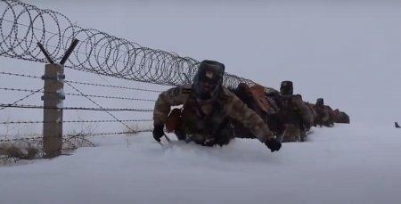 Китайские пограничники сняли границу Казахстана на видео