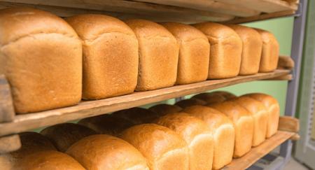Хлеб может подорожать в Казахстане из-за действий российского монополиста