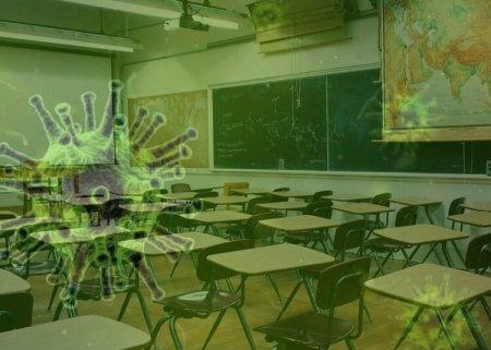 Заболеваемость коронавирусом среди школьников растёт в Казахстане