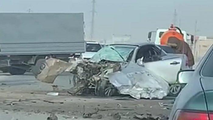 В Мангистау на дороге между селами Айракты и Шеркала столкнулись два автомобиля