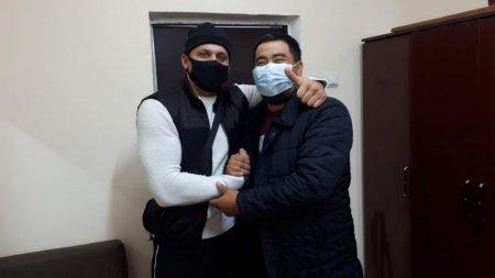 """Подравшиеся на """"Алтын Орде"""" парковщик и водитель примирились"""