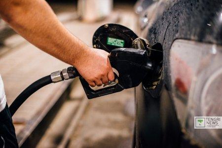 Почему в Казахстане дорожает бензин, объяснили в Минэнерго