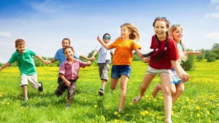 Летние школы начнут работать в Казахстане в конце мая