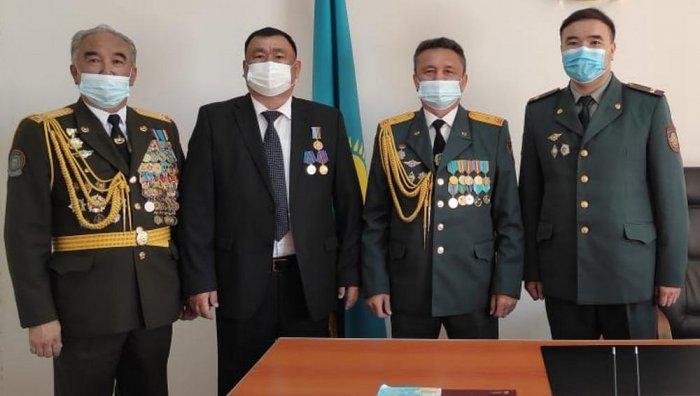 Пенсионеров военно-следственных органов поздравили в Актау с Днем защитника Отечества