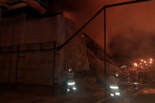 Пожар на территории ТОО «КазГПЗ» произошел в компрессорном цехе