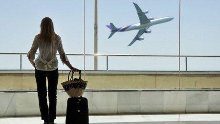 Почти 10 тысяч человек уехали из Казахстана за полгода