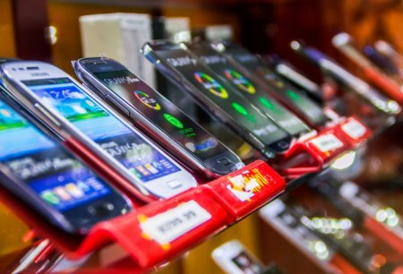 Нужен новый смартфон? Выбираем лучшее место покупки