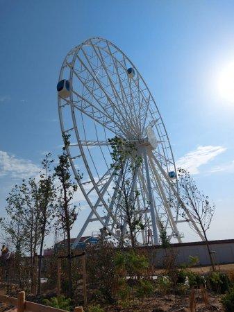 Пир во время чумы: Жители Актау остались недовольными открытием тематического парка