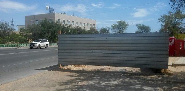 Долгожданную остановку начали строить в Актау