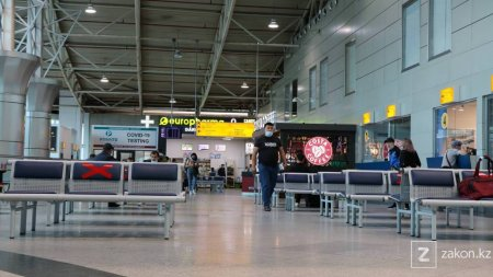 """Авиакомпании не смогут вносить пассажиров в """"черный"""" список без решения суда"""