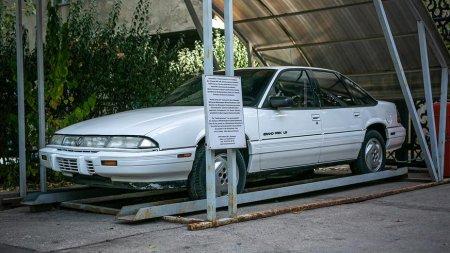 Как выглядел автомобиль Динмухамеда Кунаева: появились уникальные фотографии
